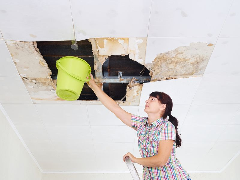 How to Cover a Hole Left By Removing Recessed Lighting