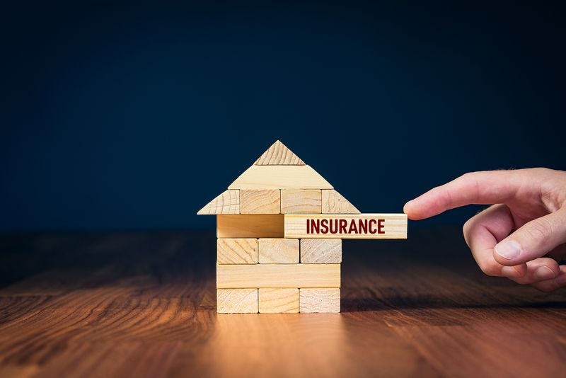 Tips to consider when it's time to purchase homeowners insurance