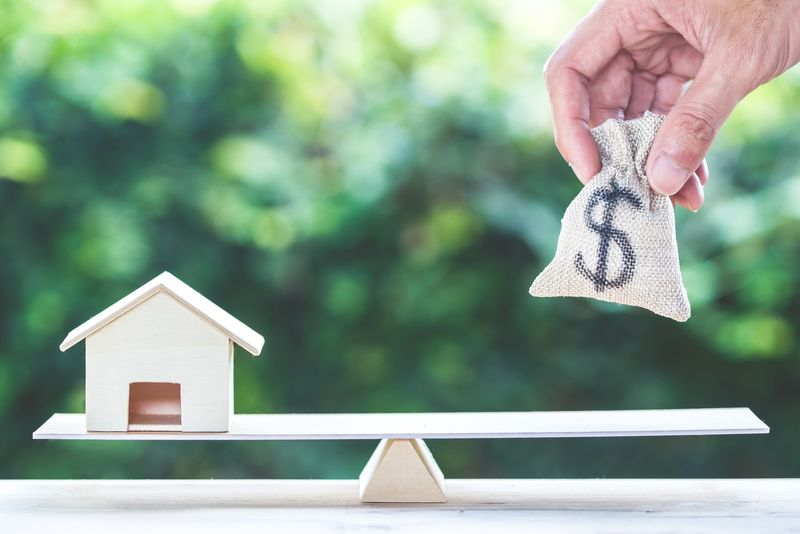 Reverse Mortgage vs. Home Equity Line of Credit