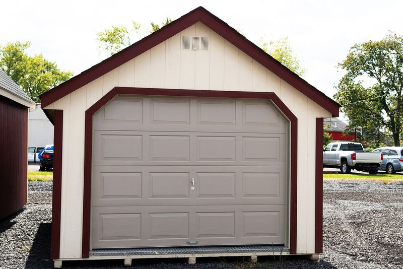 Decorating tips for that area between the house and detached garage