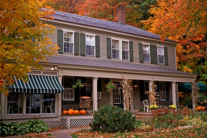 Spiff up your home's landscaping for an Autumn sale
