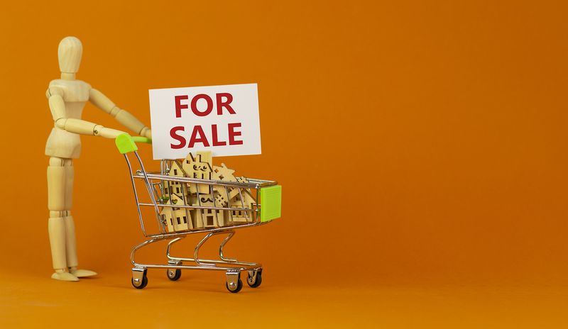 4 reasons to sell your house a.s.a.p.